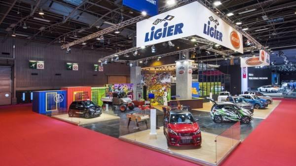 Stand Ligier au mondial de l'automobile