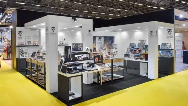 Claude DOZORME stand sur 36 m²