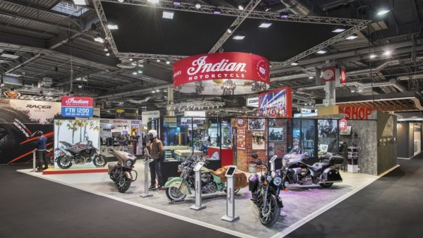 Stand Indian au salon du 2 roues