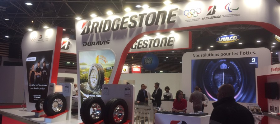 stand sur mesure automobile